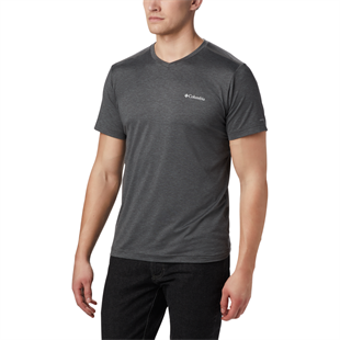 Columbia Tech Trail ll V Neck Erkek Kısa Kollu T-Shirt AM0652-011